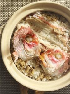 レンコ鯛のあらで土鍋ご飯